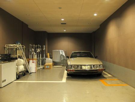 Parking by laurent chéhère