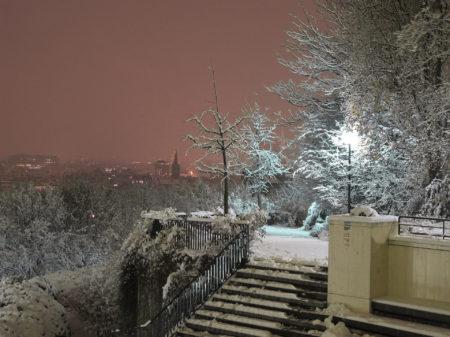 Snow in paris by laurent chéhère