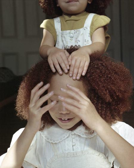 Zeynep represents milk sisters in bloom
